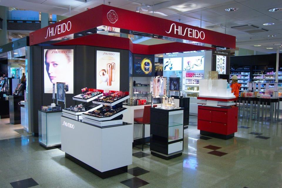 Shiseido corner, cosmetics brand IMG_7495