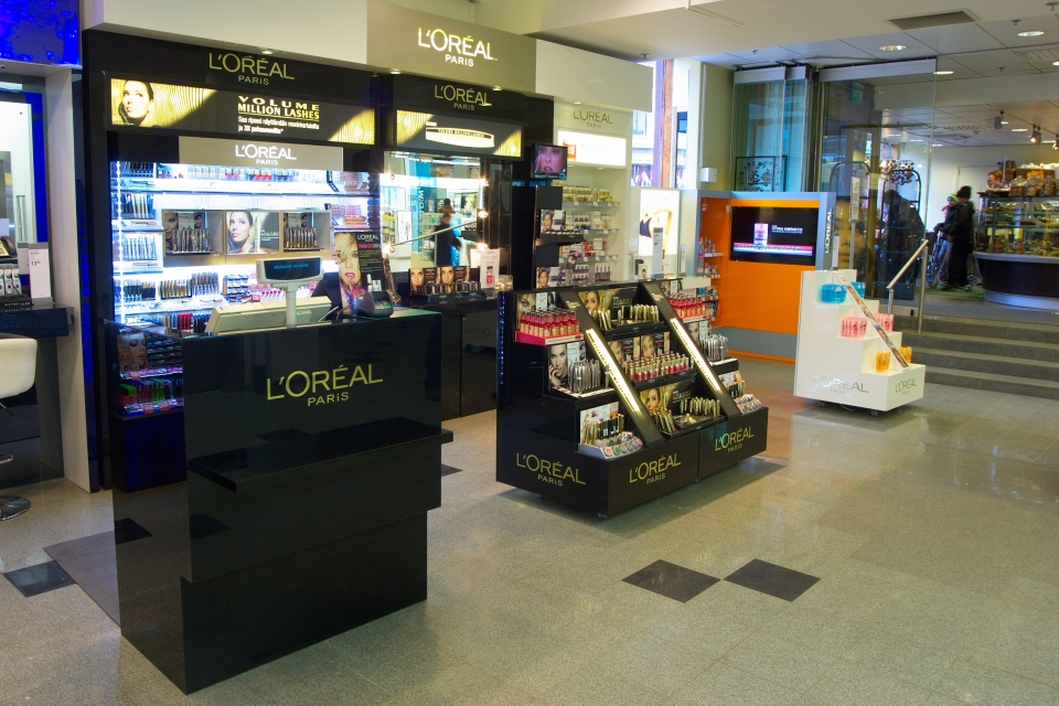 L'Oréal Paris, cosmetics brand IMG_7512
